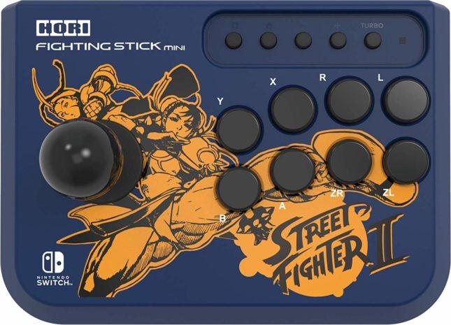 Manette Fighting Stick Mini Street Fighter de Hori