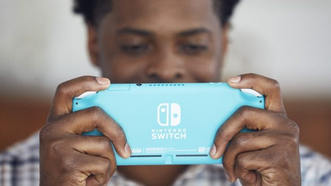 La version Turquoise de la Nintendo Switch Lite